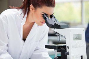 TSH to za mało, czyli jak diagnozować Hashimoto – lista badań podstawowych i interpretacja wyników
